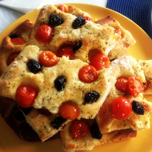 focaccia with cherry tomatoes and black olives